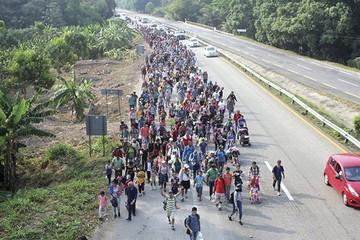 Impiden ingreso de migrantes cubanos a Ciudad de México