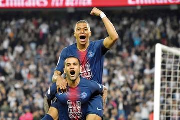 Mbappé corona al PSG en el fútbol francés