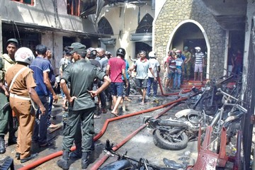 Casi 300 fallecidos tras atentado en Sri Lanka