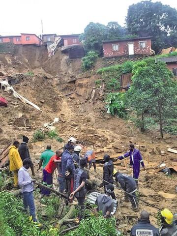 Sudáfrica: Lluvias dejan al menos 60 víctimas