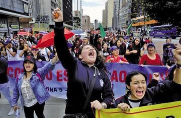 Colombia: Masiva marcha contra Duque