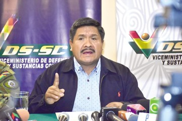 Piden investigar fortuna del viceministro Cáceres