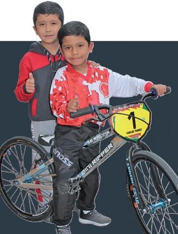 Carlos y Luis Torres Antequera Presente y futuro del bicicross sucrense