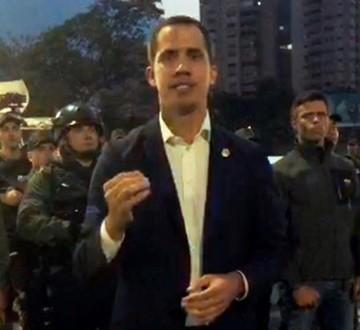 """Juan Guaidó llama a militares y a la población a cesar  """"usurpación"""" y libera a López"""