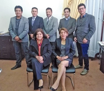 Arciénega cambia a seis de sus nueve secretarios