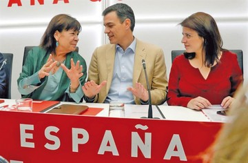 Socialistas españoles buscarán gobernar con pactos puntuales