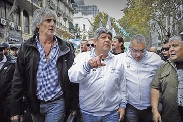 Argentina: Sindicatos se lanzan contra Macri