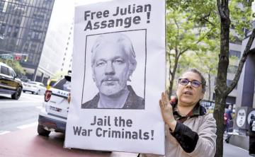 Assange rechaza su entrega a la justicia de Estados Unidos