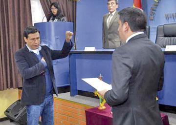 Cabrera retoma viceministerio de Defensa Civil