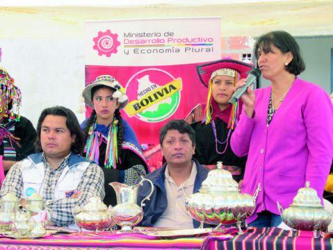 Invitan a exhibición con identidad cultural