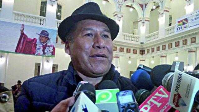 Imputan y piden detención del Alcalde de Achacachi