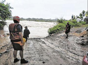 Rescatan a doce personas del Piraí