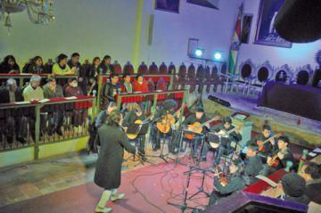 Mujeres sientan presencia en el Festival de Guitarras