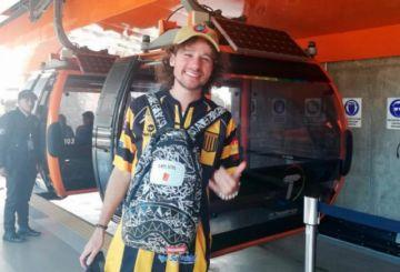 ¿Qué hace Luisito Comunica en Bolivia?