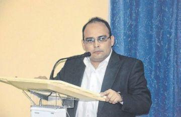 TCP convoca al magistrado Paul Franco para sustituir a Ceballos