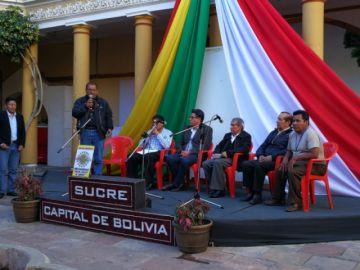 "Municipio tramita una ley para ""Sede del Charango"""