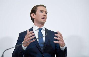 Cae el gobierno austríaco por caso de corrupción