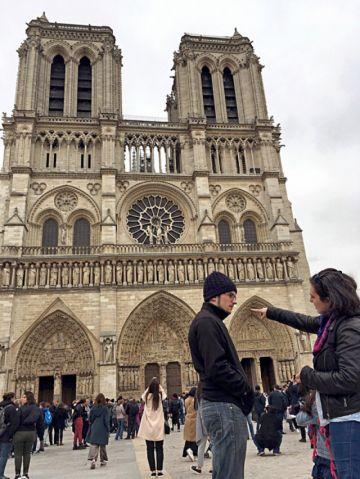 Notre Dame se enfrenta a  su orfandad