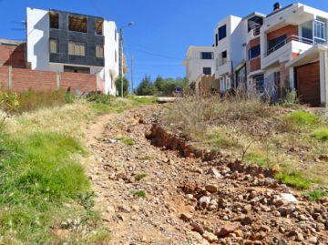 Barrio 27 de Mayo reclama construcción de los accesos