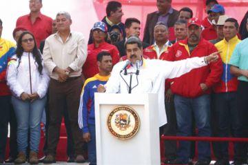 Maduro propone anticipo de elecciones legislativas