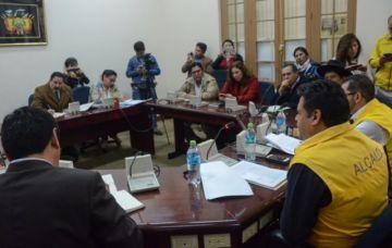 Comisión de Diputados disconforme con informe de Revilla