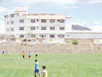 ACHF va por el Estadio Sucre