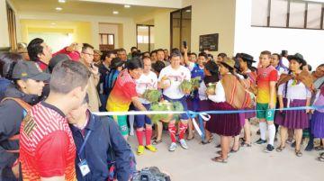 Unidad Educativa Charcas estrena infraestructura
