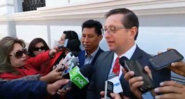 Oscar Ortiz reprocha ausencia de Evo en actos por el 25 de Mayo