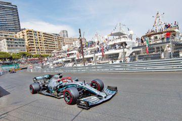 """Lewis Hamilton sale desde  la """"pole"""" en el GP de Mónaco"""
