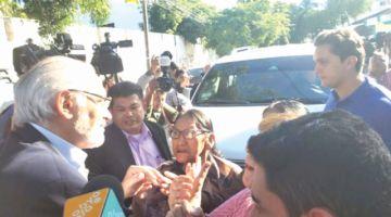 """Alianza defiende a Mesa y denuncia """"violencia"""""""