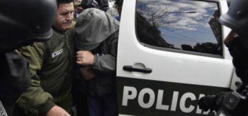 Uelicn: Detienen  a exjefe policial por corrupción
