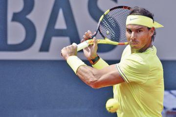 Nadal y Federer avanzan  sin sobresaltos en París