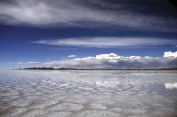 Salar de Uyuni, el mejor destino de la temporada