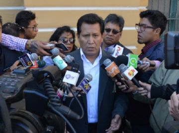 Cárdenas: Ultraderechistas usaron  fondos de Cotas para conspiración