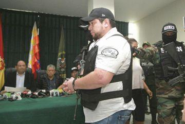 Gobierno exige sanción drástica para expolicías