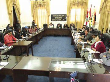 Mujeres unen fuerzas por presidencia de Asamblea
