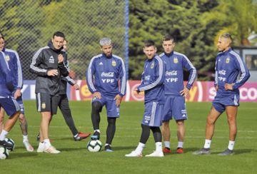 Messi realiza su primer práctica en la Albiceleste