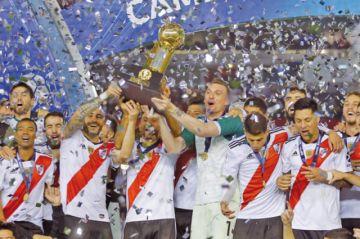 River Plate golea  a Paranaense  y alcanza la Recopa