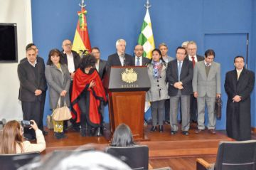 Diputados recibe norma antipropaganda gratuita