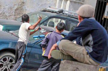Investigarán situación de niños forzados a mendigar en las calles