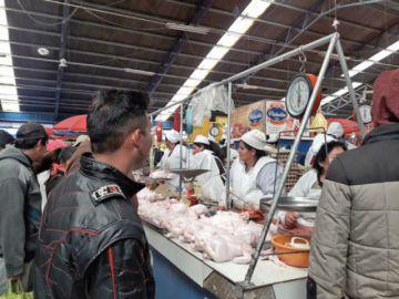 En el mercado se elevan precios de los productos