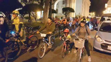 Ciclistas promueven uso continuo de la bicicleta