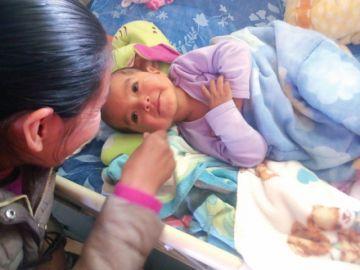 Voluntarios abren esperanza para bebé con tumor cerebral