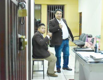 Dan arresto domiciliario sin salida laboral a Barral