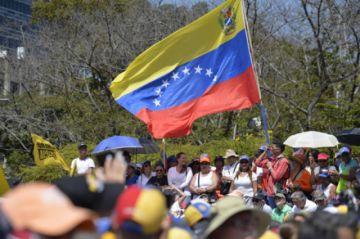 Venezuela exigirá visado a ciudadanos peruanos