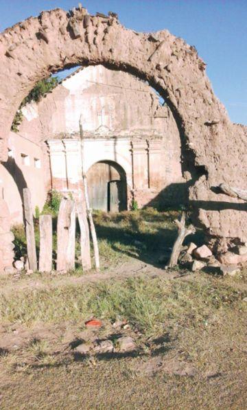 Piden restaurar templo patrimonial en Pajcha