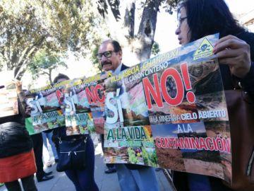 Municipios exigen cierre de empresas de minería