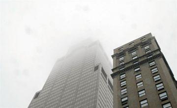 Helicóptero choca contra rascacielos en Nueva York