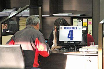 Trabajadores de  la Alcaldía aún no  cobran retroactivo