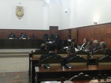 Arraigan a 4 imputados en caso Orbisat